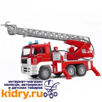 Пожарная машина MAN с лестницей и помпой с модулем со световыми и звуковыми эффектами