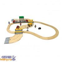 Железная дорога с переездом и станцией (33 элемента) ( Игрушки, Железные дороги, Деревянная железная дорога BRIO